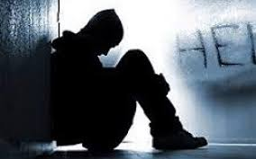 چرا نوجوانان اقدام به خودکشی می کنند؟