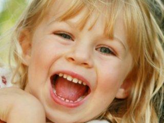 خنداندن کودک و تاثير آن بر افزايش خلاقيت