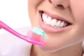 آشنایی با خوراکی های مفید برای سلامت دهان و دندان