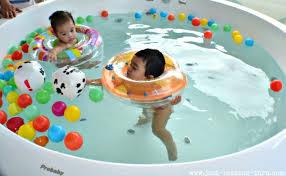 آّب بازی کودکان و درمان برخی مشکلات جسمی
