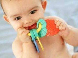 كاهش درد دندان درآوردن کودکان